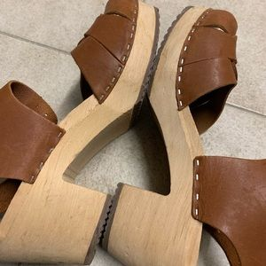 Lotta From Stockholm Shoes - GUC Lotta From Stockholm cognac peep toe clogs 9